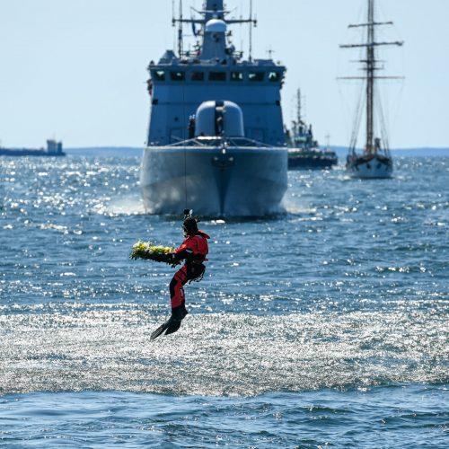 Negrįžusiųjų iš jūros pagerbimo ceremonija  © R. Dačkaus / Prezidentūros nuotr.