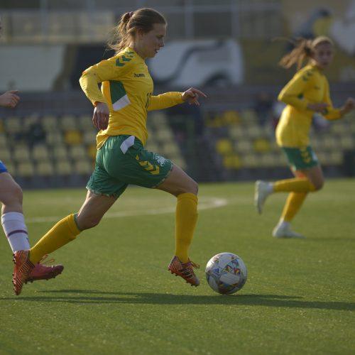 Lietuvos moterų futbolo rinktinės rungtynės su Farerų salų rinktine