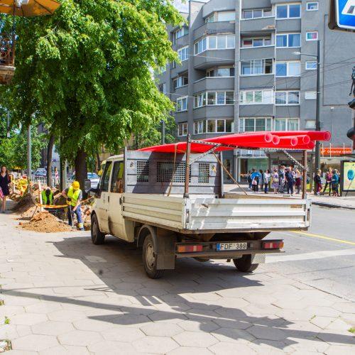 Kelio darbai vienoje pagrindinių Kauno sankryžų  © Laimio Steponavičiaus nuotr.