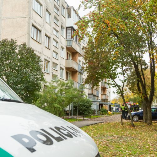 Dėl Kauno daugiabutyje rasto sprogmens – gyventojų evakuacija  © Laimio Steponavičiaus nuotr.