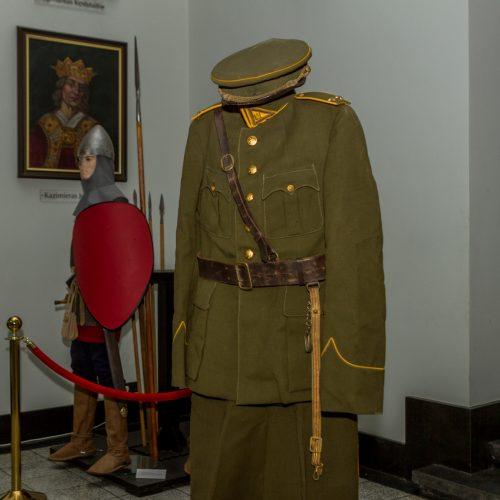 Karo muziejui perduota tarpukario uniforma  © Laimio Steponavičiaus nuotr.