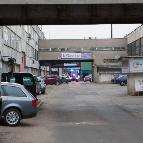Gaisras buvusios radijo gamyklos teritorijoje  © Laimio Steponavičiaus nuotr.