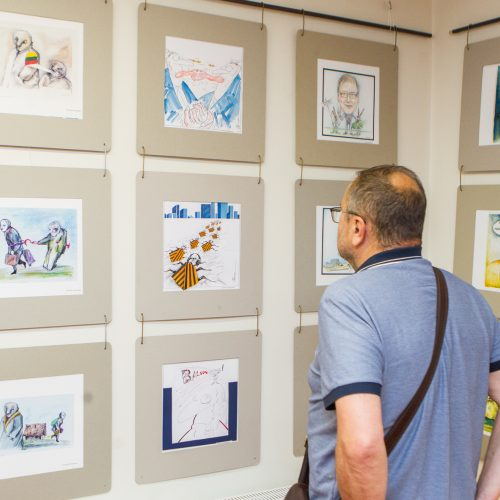 """51-oji Lietuvos karikatūrų paroda """"Rinkis čia""""  © Laimio Steponavičiaus nuotr."""