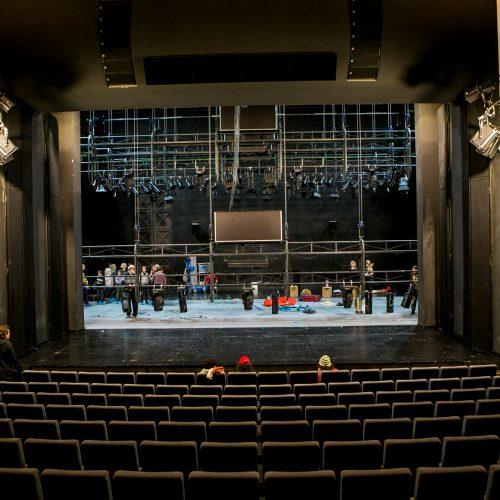 Ekskursija po Kauno dramos teatrą  © Vilmanto Raupelio nuotr.