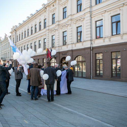 Architektai susirinko palaikyti teisiamą A. Karalių  © Vilmanto Raupelio nuotr.