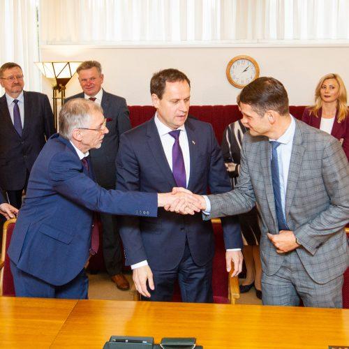Koalicijos sutarties pasirašymas  © P. Peleckio / Fotobanko, D. Karklytės / ELTOS nuotr.