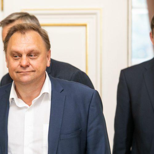 Prezidento susitikimas su verslo asociacijų ir profesinių sąjungų atstovais  © P. Peleckio / Fotobanko nuotr.