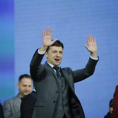 P. Porošenkos ir V. Zelenskio debatai Kijevo stadione  © Scanpix nuotr.