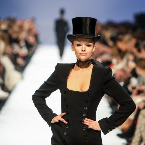"""J. Statkevičiaus """"Haute Couture"""" kolekcijos pristatymas  © I. Gelūno/Fotobanko nuotr."""