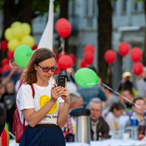 """""""Kiemų šventė"""" Laisvės alėjoje <span style=color:red;>(2018)</span>  © Krisčio Balčiūno ir Evaldo Šemioto nuotr."""