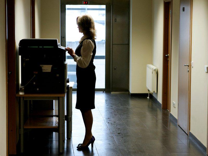 Ištikimybė vienai darbovietei Lietuvoje neapsimoka?