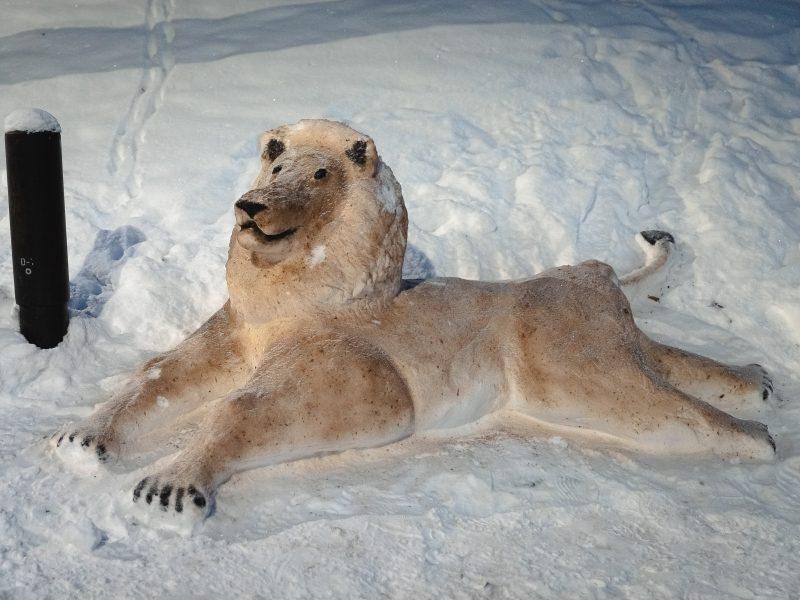 Žaliakalnyje – amą atimančios sniego skulptūros