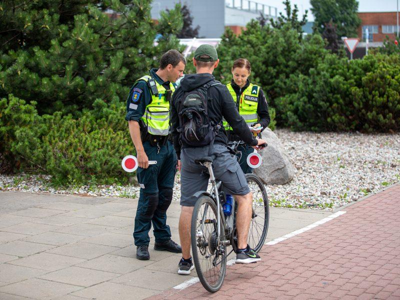 Policijos pareigūnams darbo Klaipėdoje netrūksta: taisykles pažeidinėja ir pėstieji