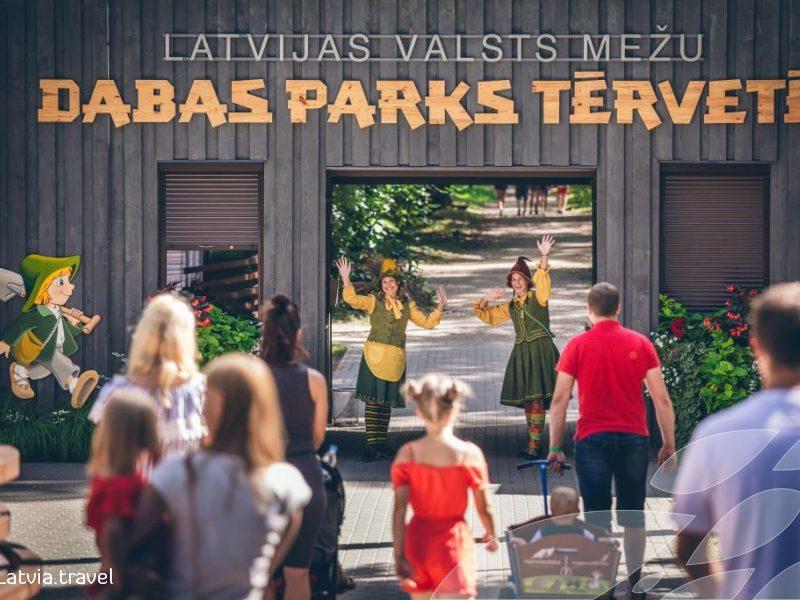 """Tautiečių kelionės į Latviją: traukia linksmintis ir paragauti """"naminukės"""""""