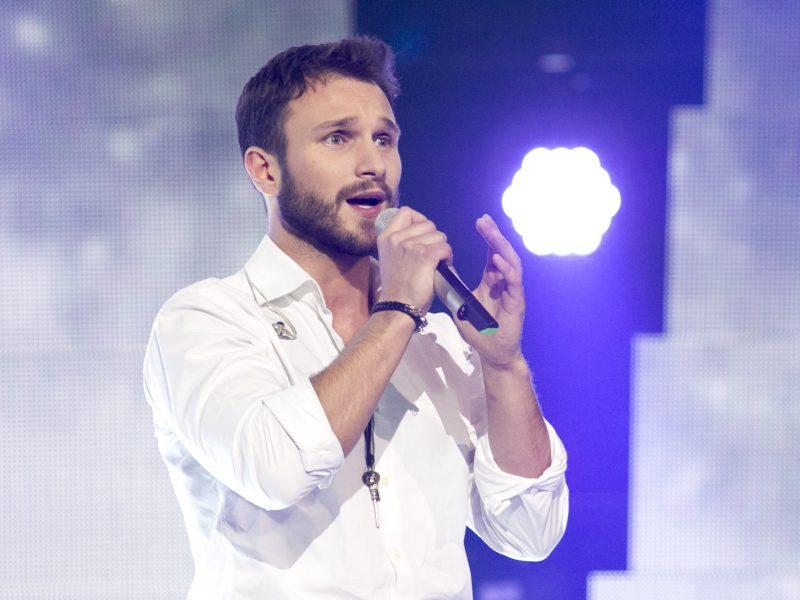 Reakcija po kritikos dėl dainos: V. Baumila tapo dvasinės pagalbos ambasadoriumi