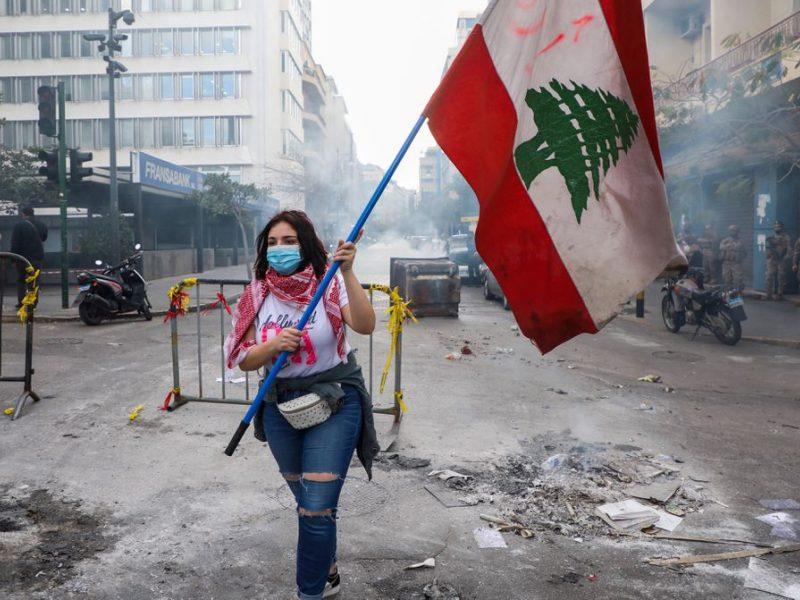 Krizės nustekentame Libane vyksta konsultacijos dėl ministro pirmininko