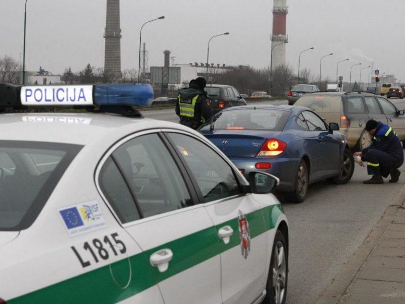 Uostamiesčio policija surengė padangų reidą: nutvėrė neatlikusius pareigos