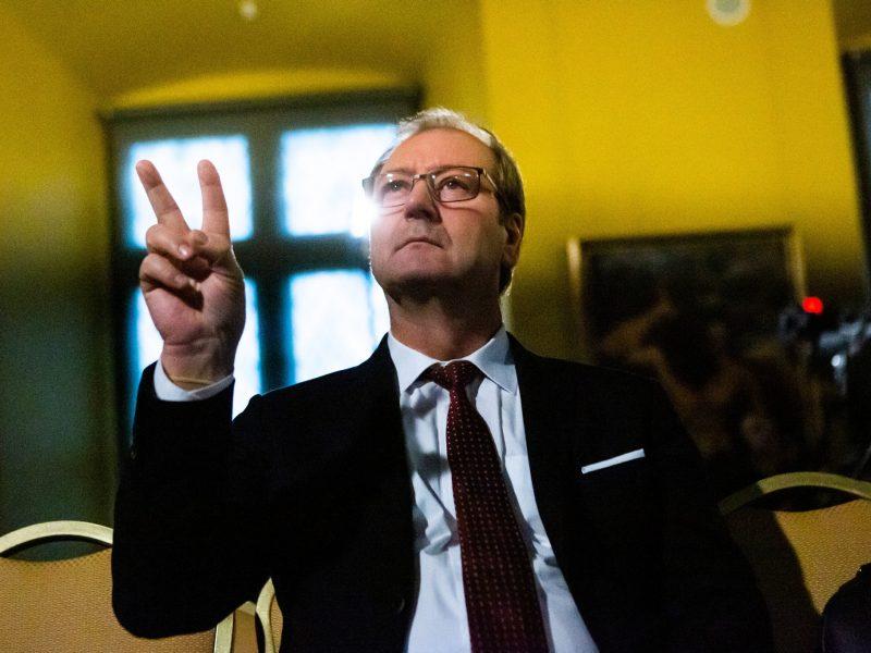 EP liberalai homofobija apkaltinto V. Uspaskicho narystę svarstys kitą savaitę