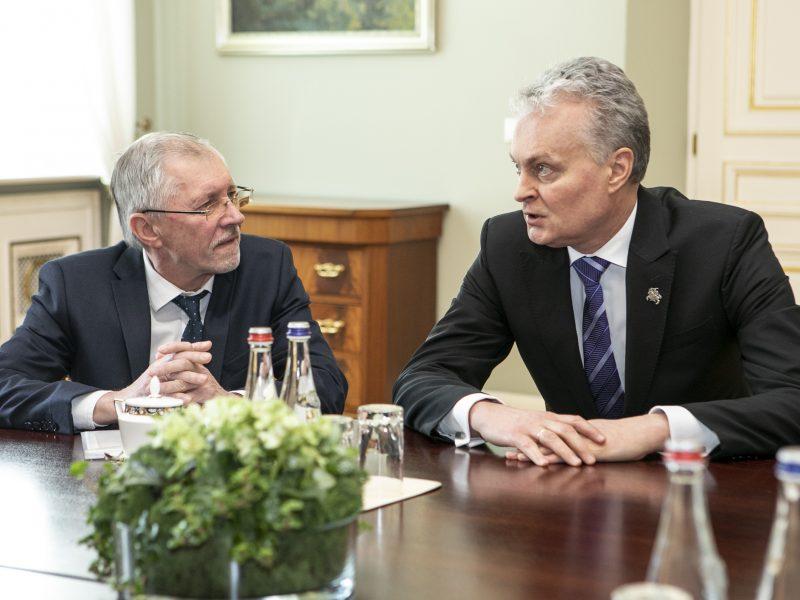 Prezidentas susitiko su G. Kirkilu