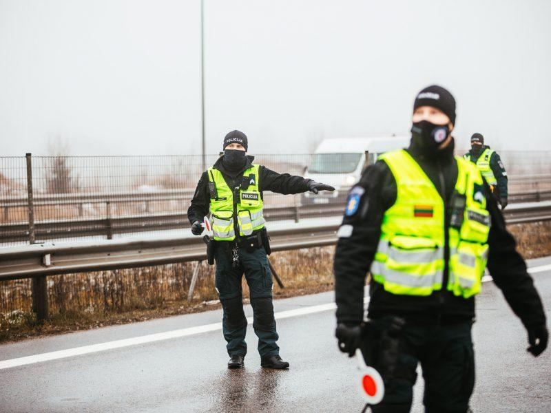Policija intensyviai ruošiasi Velykų savaitgaliui: dirbs tūkstantinės pajėgos
