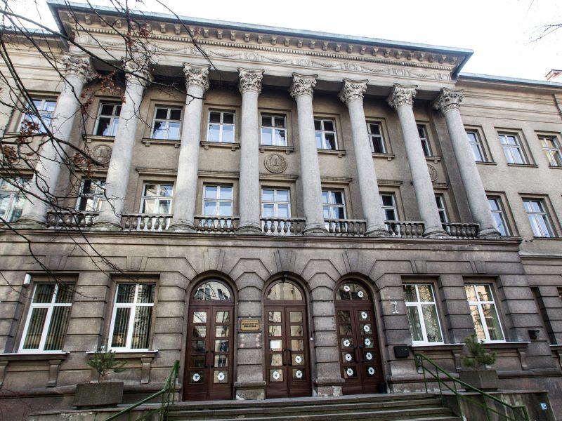 Medicinos bibliotekos neliks: kažkam prireikė pastato sostinės centre?
