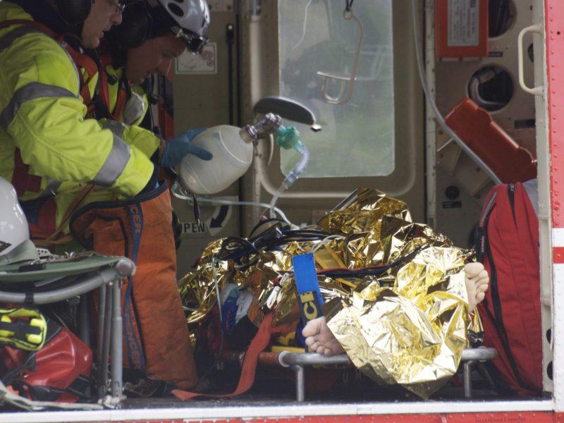 Lenkijoje – didžiulė tragiška avarija: žuvo 6 žmonės, automobiliai sudegė