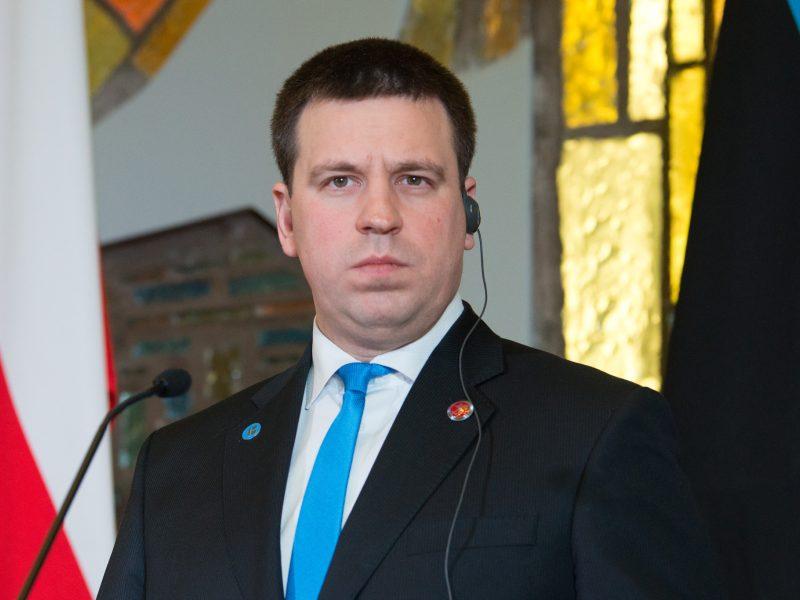 Estijoje – korupcijos skandalas: atsistatydino premjeras J. Ratas