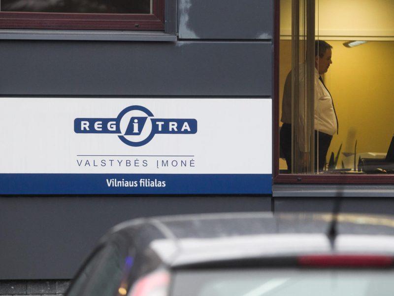 Tauragėje vyras bandė registruoti automobilį, ieškomą Čekijoje