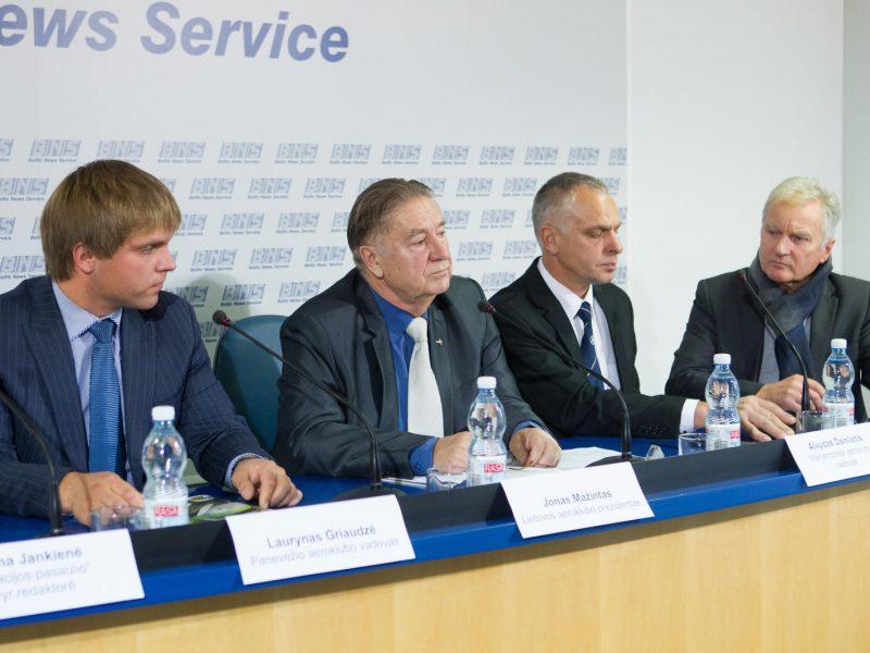 Lietuvos aviatoriams – rūpesčiai dėl aerodromų