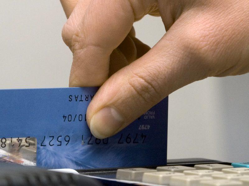 prekybos kortelėmis metimo sistema