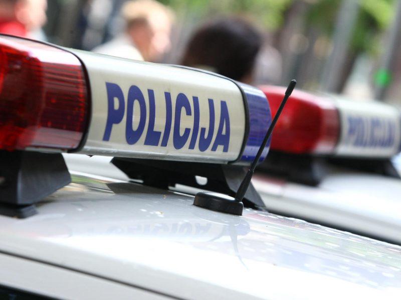 Policija išaiškino vyrą, parduotuvėje nesumokėjusį už prekes