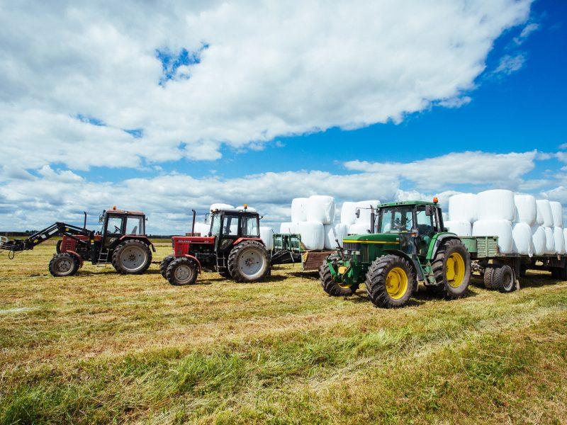 Iki karantino pabaigos atidėta traktorių techninė apžiūra