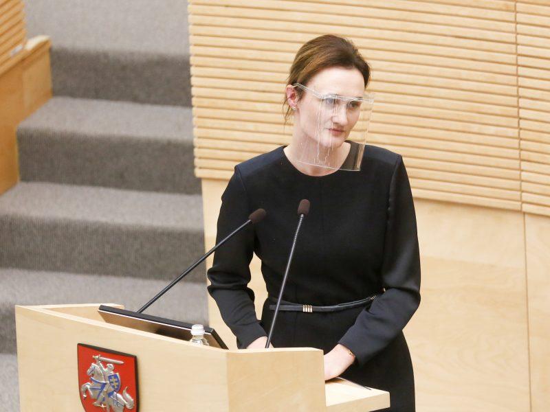 V. Čmilytė-Nielsen: skiepų nuo COVID-19 eilės pažeidimai – netoleruotini
