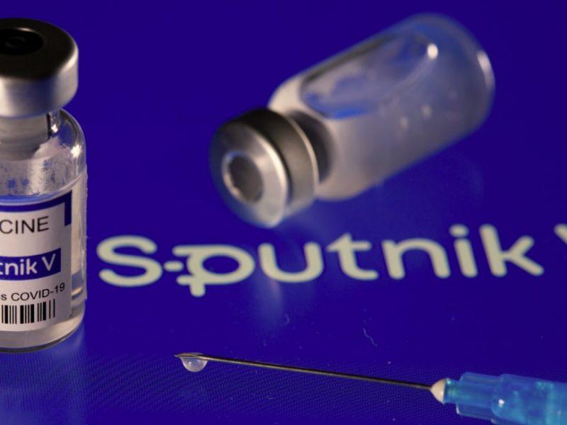 """G. Landsbergis norėtų matyti mažiau naivumo tarp valstybių, siekiančių įsigyti """"Sputnik"""" skiepų"""