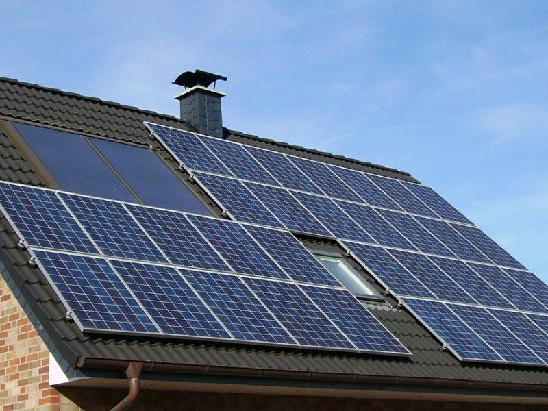 Lietuviai skuba naudotis parama ir statosi saulės elektrines