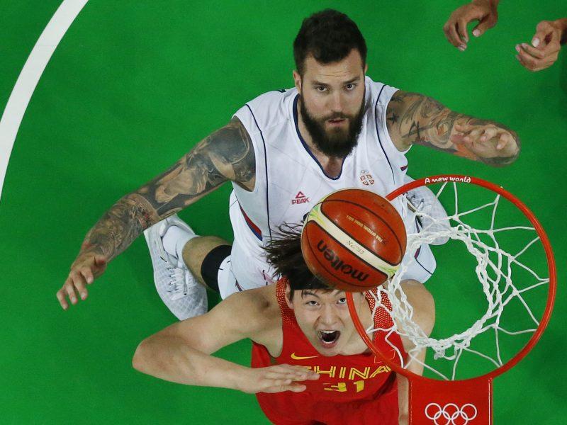 Po įspūdingos Serbijos krepšininkų pergalės paaiškėjo galimi Lietuvos varžovai