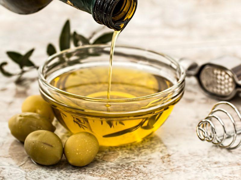 alyvuogių aliejaus varpos)