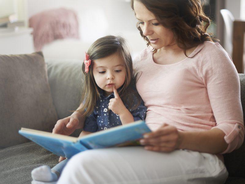 Spartesnė vaiko raida – mamos rankose