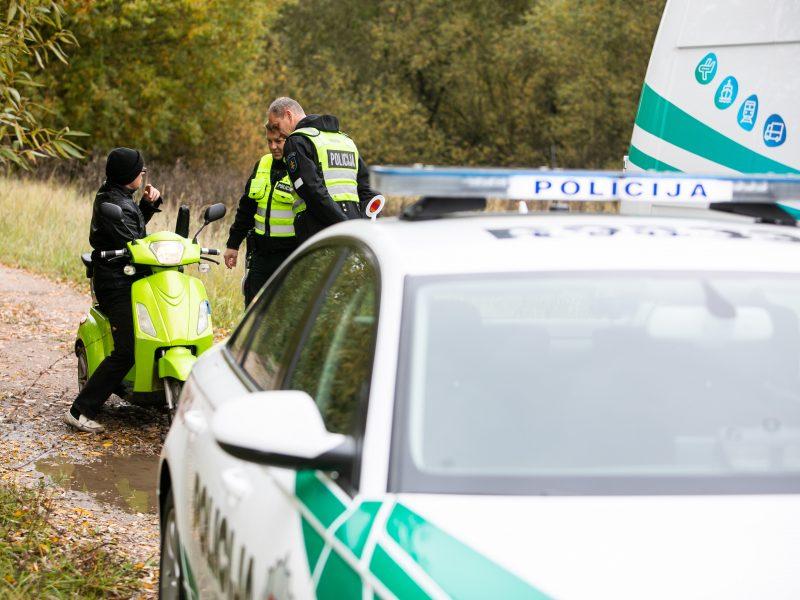 Pakaunėje, automobilyje, rastas vyro lavonas: policija ieško liudininkų