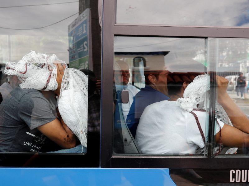 Turkijoje apsivertus mikroautobusui žuvo 15 žmonių
