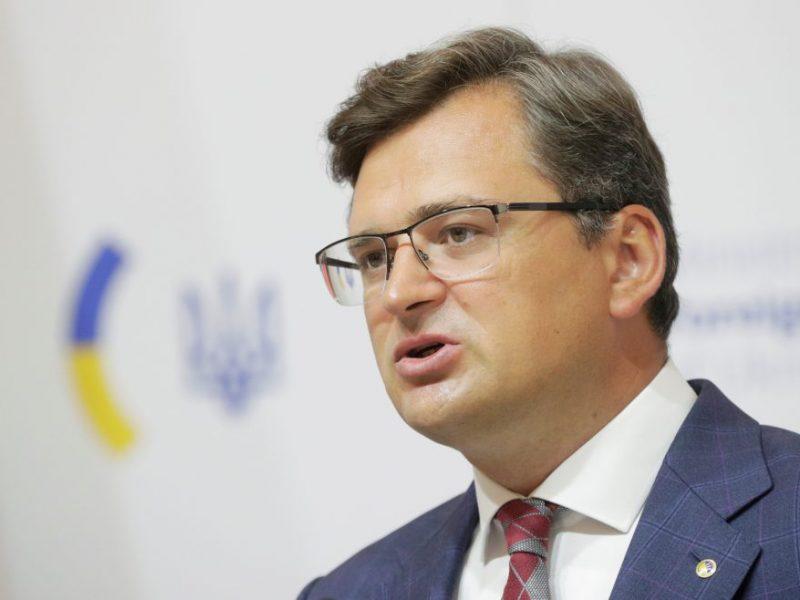 Ukrainos diplomatijos vadovas ragina ES skelbti Rusijai sektorines sankcijas