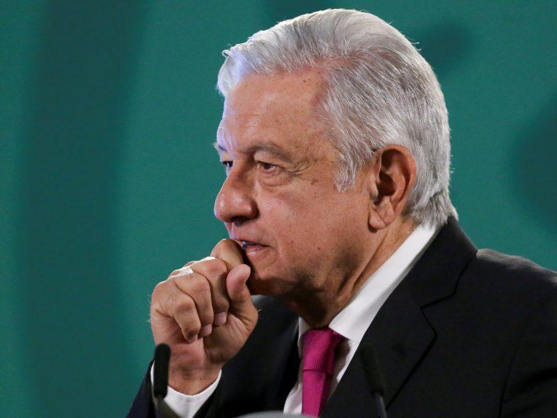 Meksikos prezidentas žada 25 gyvybes nusinešusios metropoliteno avarijos nuodugnų tyrimą