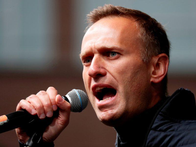 Rusijos teismas mėnesio pabaigoje nagrinės A. Navalno ieškinį D. Peskovui