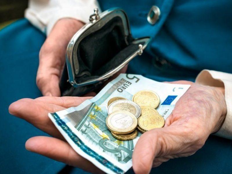 Prezidentas pozityviai vertina Vyriausybės pastangas tęsti pensijų indeksavimą