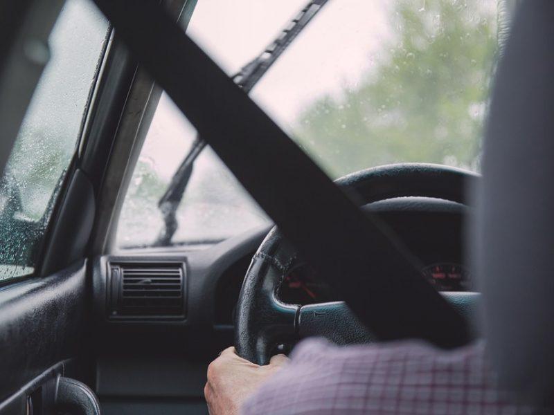 Savaitės įvykiai šalies keliuose: sužeista beveik devynios dešimtys eismo dalyvių