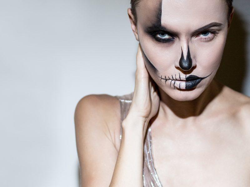 5 žingsniai, kaip neperkant naujų priemonių susikurti tobulą Helovino makiažą