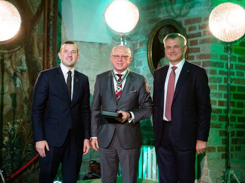 Klaipėdos uosto atstovams – pramonininkų pripažinimo ženklai