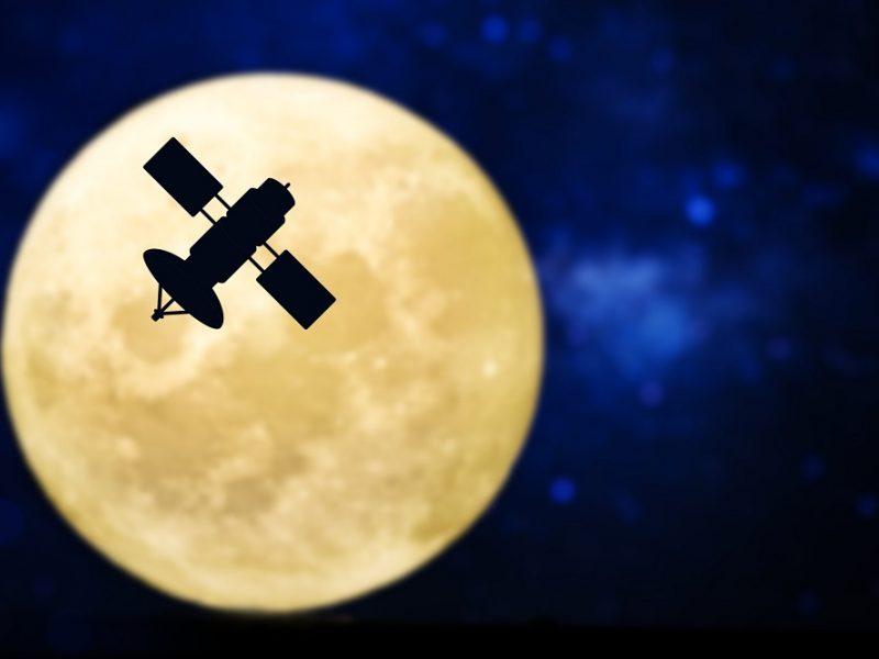 JAE ketina 2024 metais į Mėnulį paleisti nepilotuojamą kosminį laivą