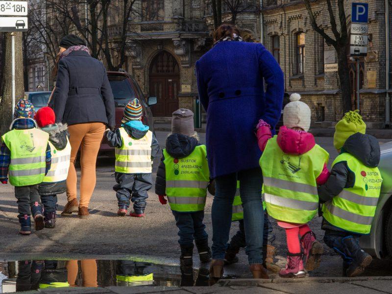 Gedminų gatvėje šalia mokyklų atsiras trumpi sustojimai