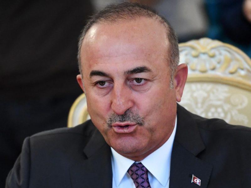 Turkija grasina JAV sankcijomis